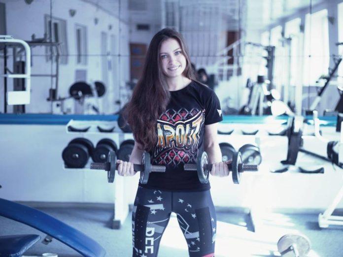 női zsírégető edzésterv hogyan lehet lefogyni a legegyszerűbb módja