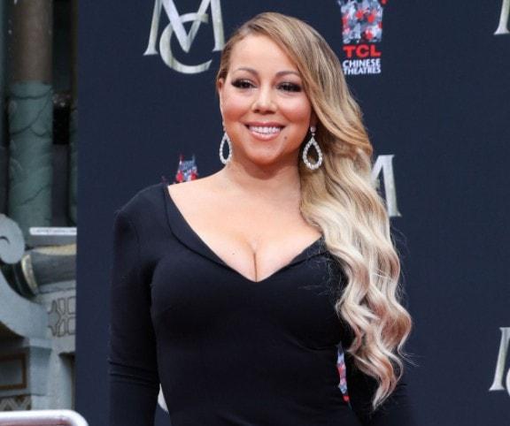 Mariah Carey ismét hízott, és járni is alig tud