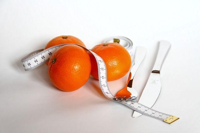 Bomba diéta! 15 nap alatt 15 kilót fogyhatsz ezzel a narancs-tojás diétával!