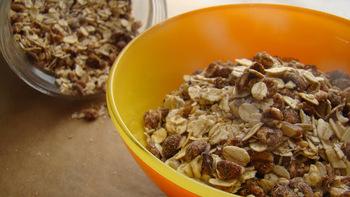 Fahéjas- kókuszos cukormentes házi granola | Érezd Magad Jól - Diéta és Egészséges életmód