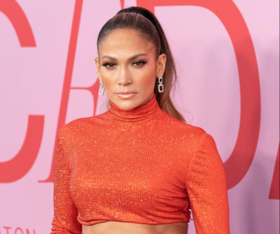 Jennifer Lopez 4 napig nem evett cukrot, most így néz ki